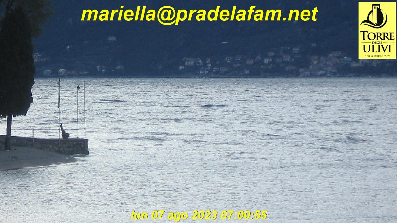 Webcam Gardasee Al Pra | PraDeLaFam für Nordwind - [Pelèr] - von Marialla http://www.torredegliulivi.it/. Blickrichtung Nordosten auf das Monte Baldo Massiv und Malcesine.